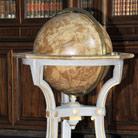 Globi di legno dipinto