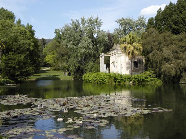 Giardino inglese di caserta monumento - Giardino delle ninfee ...